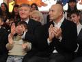 Ахметов, Крутой и Святой Николай. Богатейший человек Украины и известный российский композитор отправились в детские дома