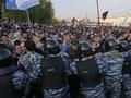 Радикализация протеста. Марш миллионов в Москве завершился массовыми столкновениями