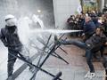 Невеселые молочники. В Брюсселе фермеры провели масштабную акцию протеста против политики Евросоюза