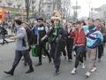 Гоп-стоп на Крещатике. В Киеве прошел парад гопников