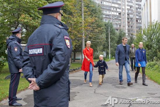 Собянин против Навального. В Москве состоялись выборы мэра