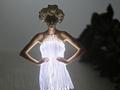 Светящиеся модели и платья за $50 тысяч. В Киеве закрылась 33-я Ukrainian Fashion Week