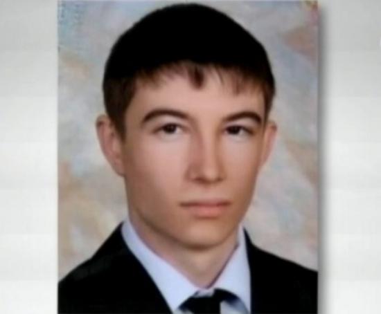 В подготовке теракта Асияловой, вероятно, помогал гражданский муж Дмитрий Соколов, являющийся главным специалистом-подрывником в махачкалинской бандгруппе. Кадр из видео СТБ